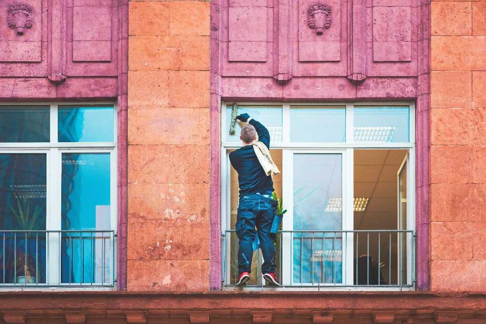 Le Particulier par l'Abeille | Nettoyage des vitres pour particulier